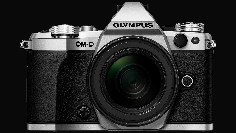 La Olympus OM-D E-M5 Mark III llegará en agosto? - Cámara PRO