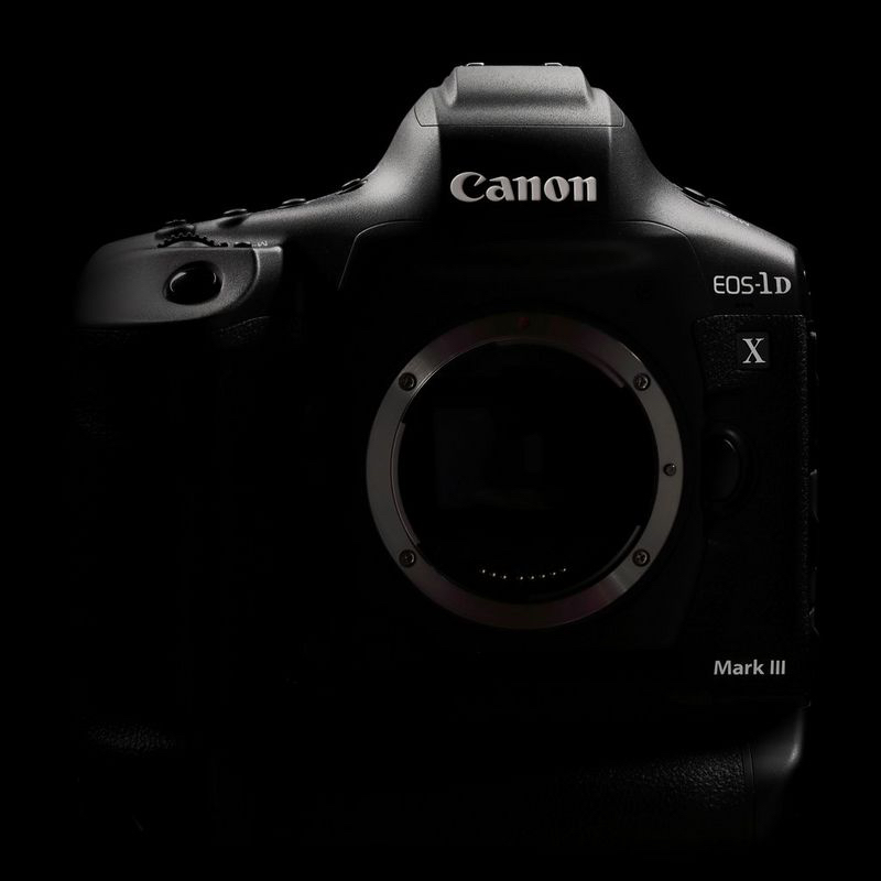 Canon 1DX Mark III Frontal
